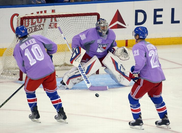 Hockey fights cancer (Photo by Bruce Bennett/Getty Images)
