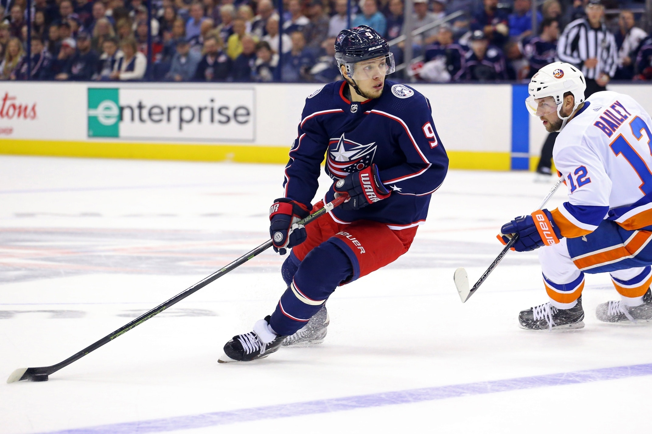 Photo of McKenzie: Rangers don't feel they are out on Artemi Panarin yet